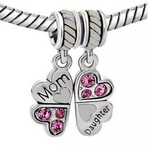 Jewels mom daughter lucky clover charm